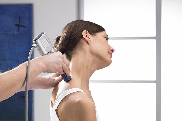 плечелопаточный периартрит к какому врачу обращаться